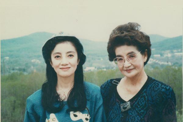 松島トモ子と母